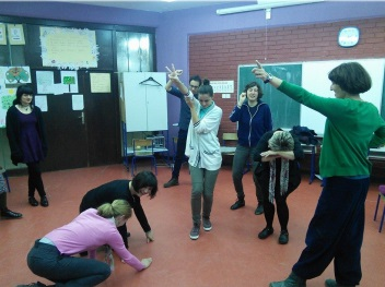 Giraffes: Using theatre for second language acquisition